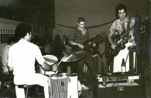 Grupo ANAR BAND, dirigido por Jorge Lima Barreto, com música experimental de homenagem a José Conduto, II Bienal Internacional de Arte de Cerveira, 1980