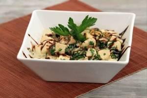 recette-e11910-poelee-de-tofu-en-persillade-et-champignons-a-la-creme