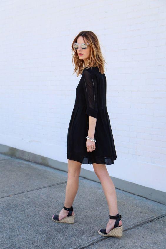 Chaussures Porter Robe Quelles Noire Une Avec sQothBCrdx