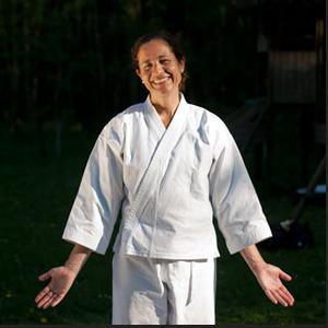 "Karine Favresse, médecin et praticienne shiatsu : ""prendre soin de soi avant d'être malade"""