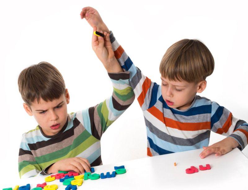 Podemos enseñarlas a resolver conflictos si nosotros los resolvemos adecuadamente.