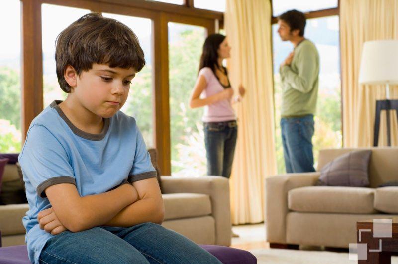 Las tensiones familiares para los niños son muy angustiosas.