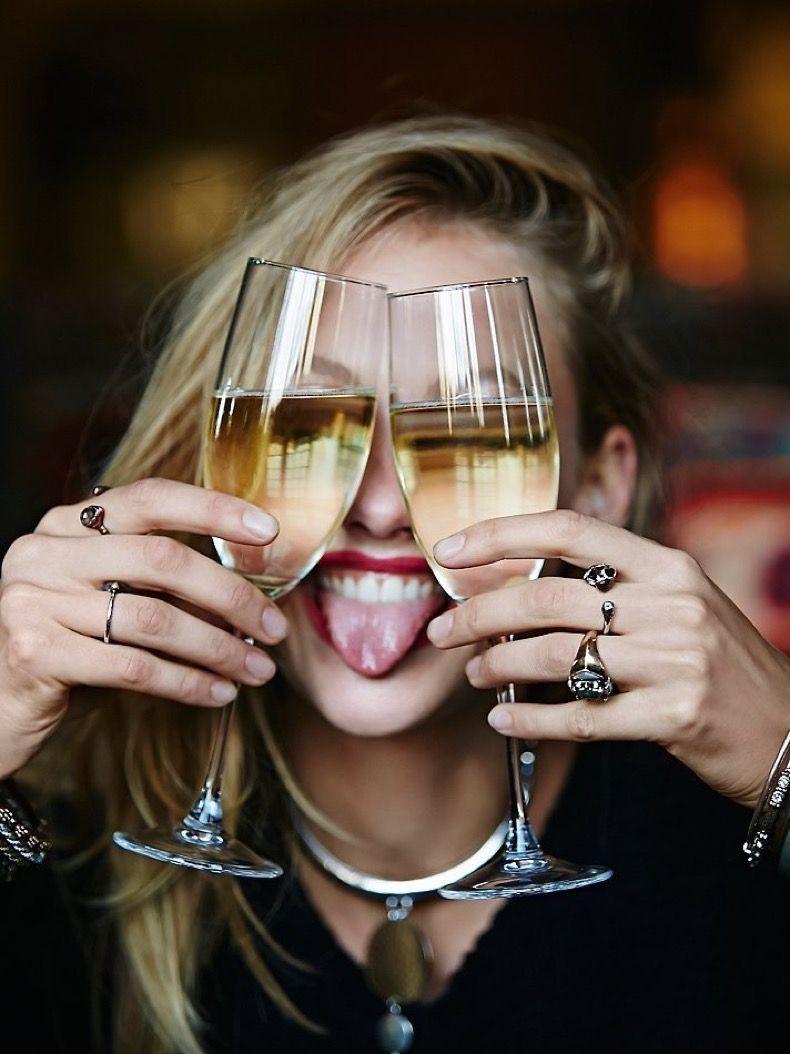 Todos sentimos algo de vergüenza por las desinhibiciones del alcool.