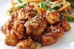 Delicioso pollo frito con miel y sésamo