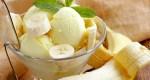 Delicioso helado cremoso de banana
