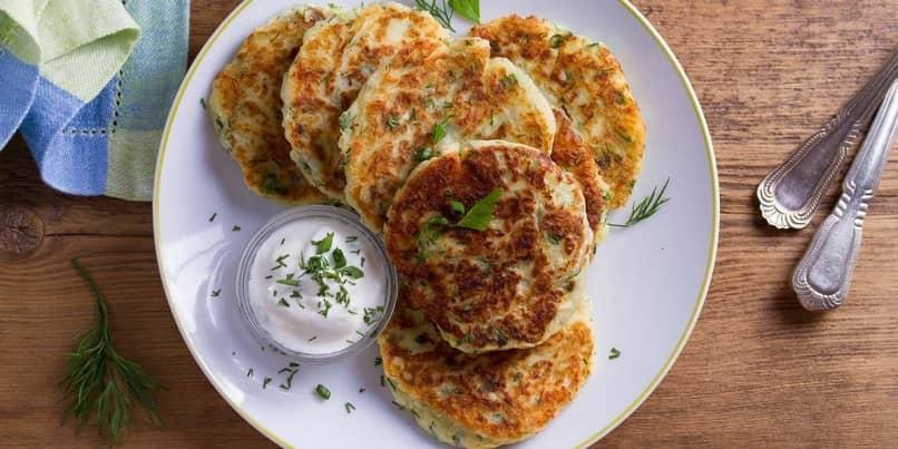 ricos pancakes de papas