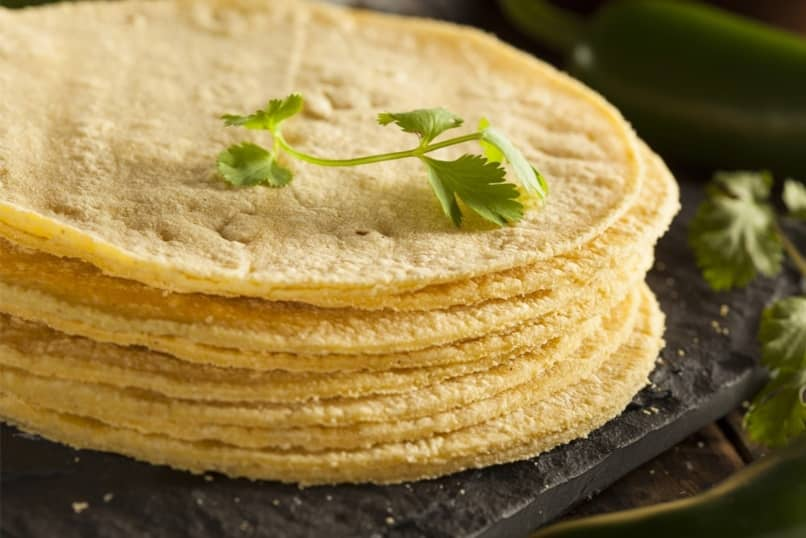 fácil tortillas de maíz para tacos y algo más