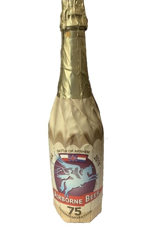 Airborne Beer Pegasus 75cl met bokaal