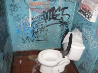 Toronado Bathroom