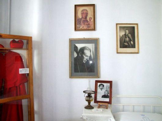 Komancza_2011_klasztor_12
