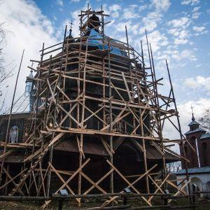cerkiew-w-bystrem-remont-1