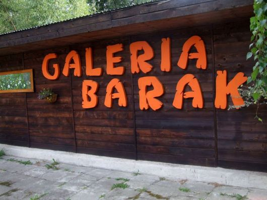 galeria_barak_czarna_2016_01