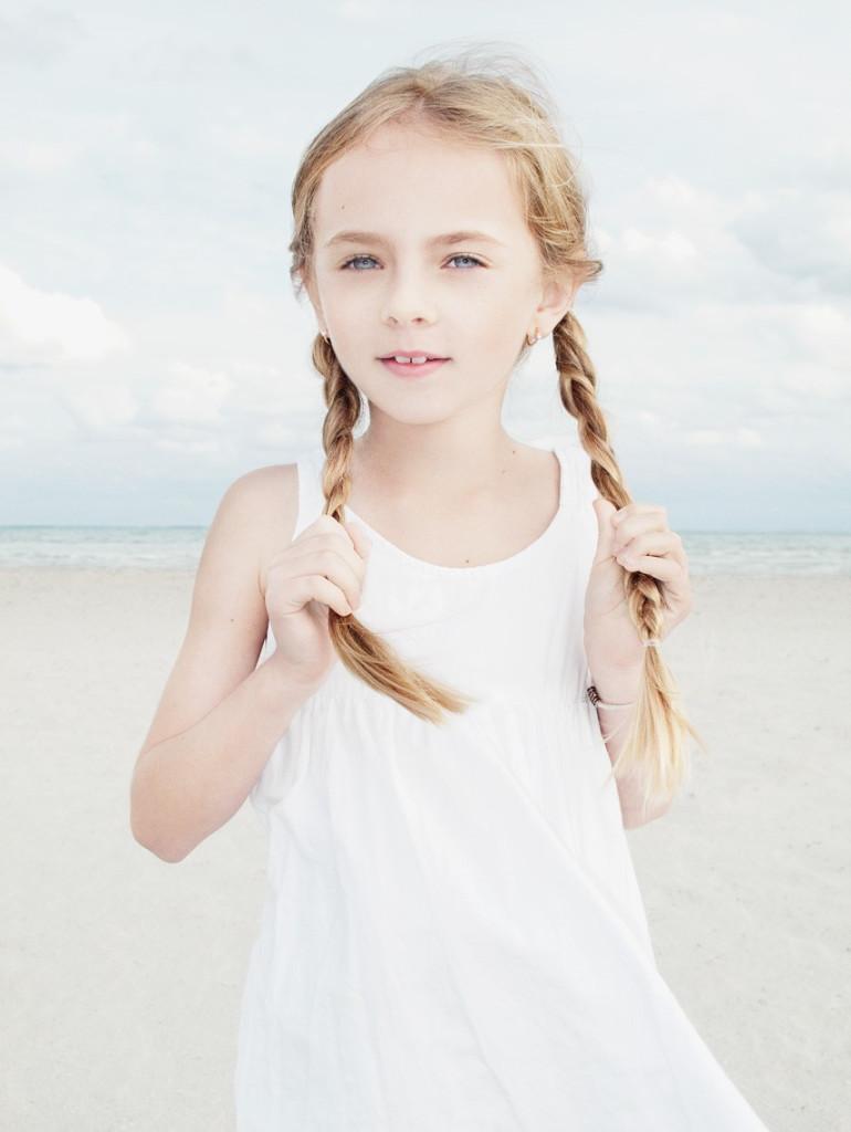 portrett jente ute