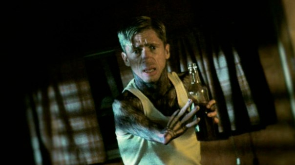 American-Horror-Story-Freak-Show-Preview-Edward-Mordrake-Pt-2-VIDEO