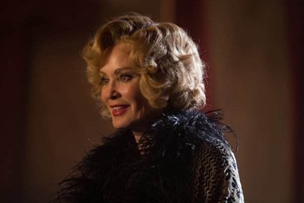 american-horror-story-freak-show-episode-13-curtain-call-jessica-lange