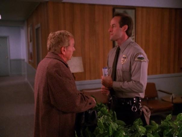 Twin-Peaks-Season-2-Episode-4-4-7392