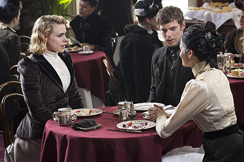 Penny-Dreadful-Above-the-Vaulted-Sky-Season-2-Episode-5-19