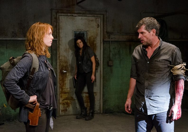 the-walking-dead-episode-613-maggie-cohen-2-935