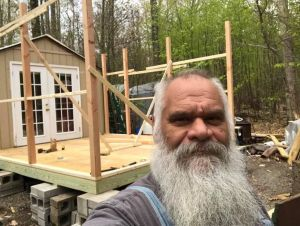 Anthony Agabatt Minson building a house