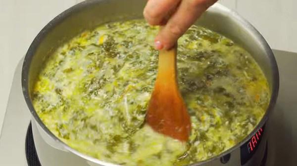 Щавелевый суп с яйцом — 12 классических рецептов супа со ...