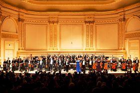 神韻交響樂團演奏的曠世天音震撼了現場所有的聽