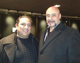 墨西哥有名的表演藝術家亞歷罕卓•齊斯與朋友勞爾•羅德裏格斯