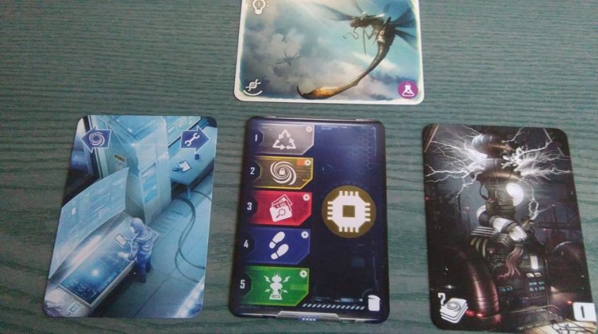 Multiuniversum - karty gry