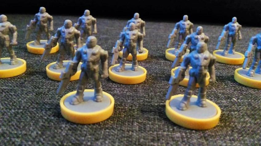 Ludzie są idealnie dla początkujących graczy. Mogą zdobywać neutralne terytoria bez podbijania terenów oraz mają specjalne budynki pozwalające na wspieranie żołnierzy w bitwach.