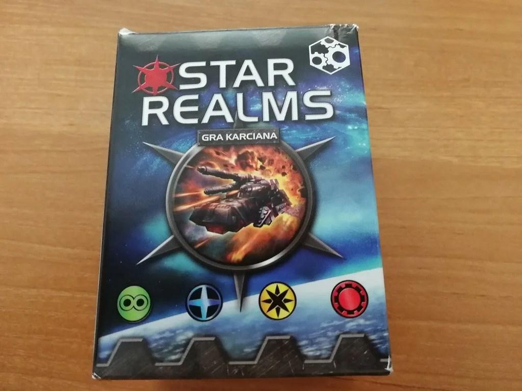 A tak prezentuje się pudełko gry Star Realms