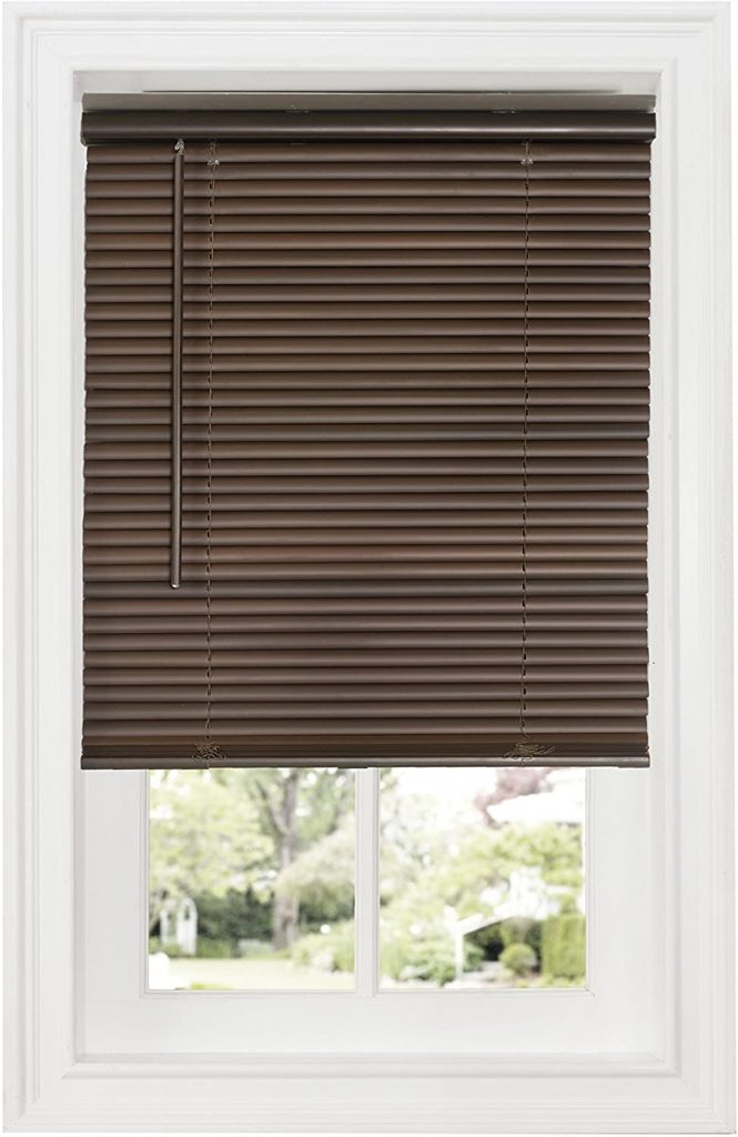9. Achim Home Furnishings Room Darkening Mini Blind