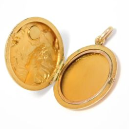 Medallón Art Nouveau de oro amarillo de 10k. Estados Unidos, 1910 .