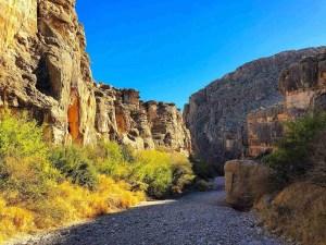 Dog Canyon Trail