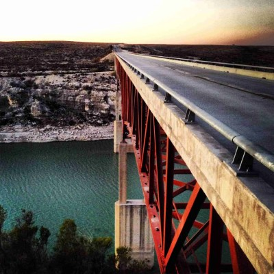 hwy 90 bridge going over the pecos river