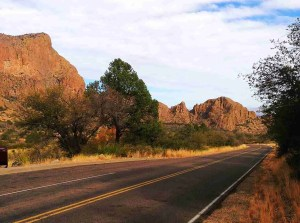 road leading into the chisos basin