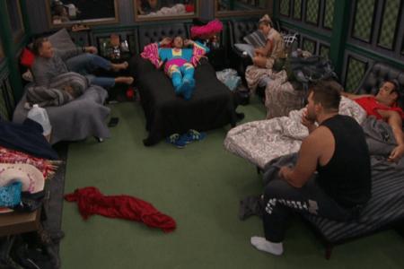 Big Brother 19 Live Feeds Recap Week 8 - Friday