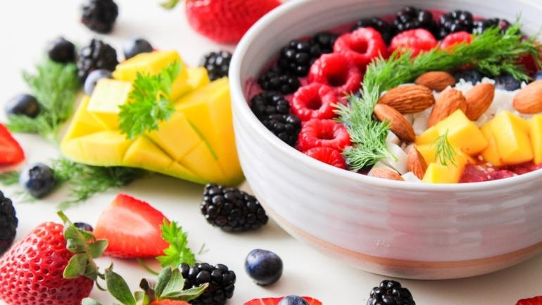 Tips for College Students/ healthy diets images