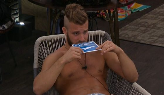 Paulie and his hopeful round trip ticket. (CBS/BigBrotherNetwork.com)