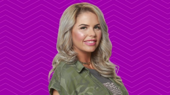 Big Brother 19: Elena Davies