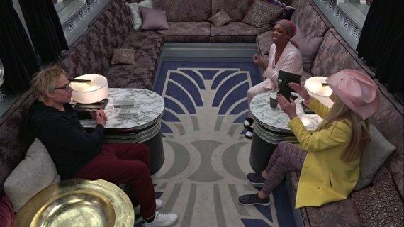 Celebrity Big Brother 2-Dina Lohan, Kandi Burruss, and Kato Kaelin