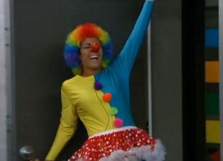 Candice as a clown 01