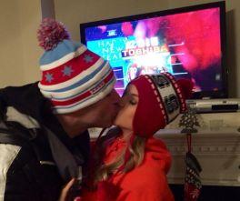 Jeff & Jordan share a kiss