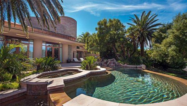 Памела Андерсон продает дом в Лас-Вегасе | фото и цена