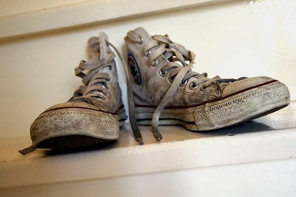 Как постирать кроссовки