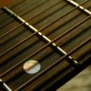 Чистка гитарных струн