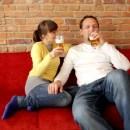 Как удалить пятна пива с мягкой мебели