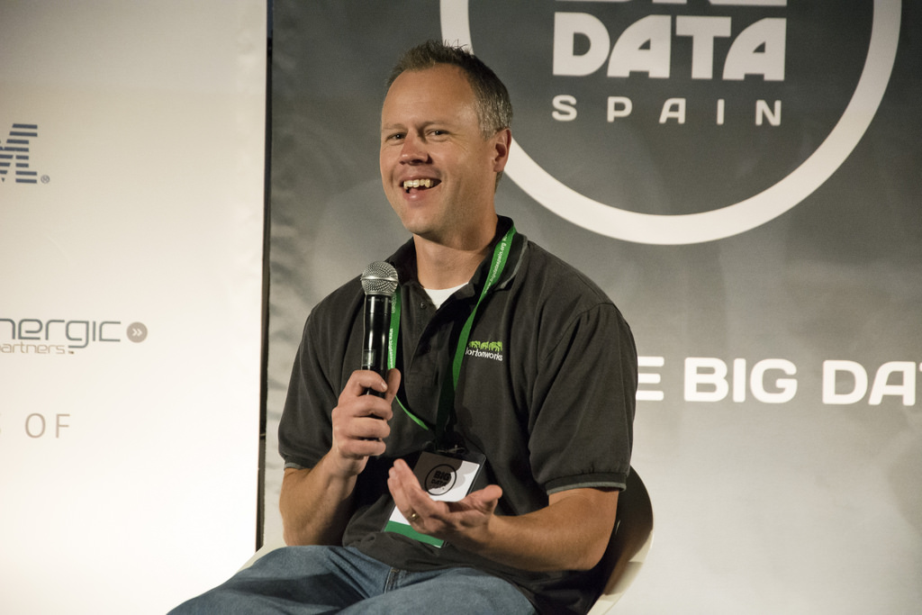 "BDB Podcast Ep:15 ""Hadoop Community Updates with Alan Gates from Hortonworks"""