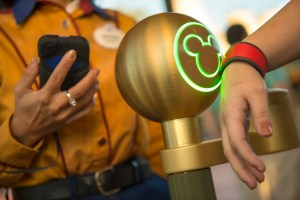 Digital Lessons From Disney's $1 Billion Experiment: Marketing and Operations Intertwined