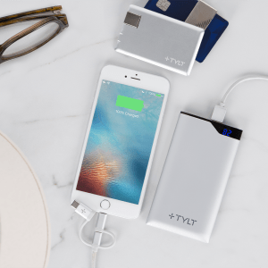 Tylt – Charge It All Essential Travel Bundle – Silver