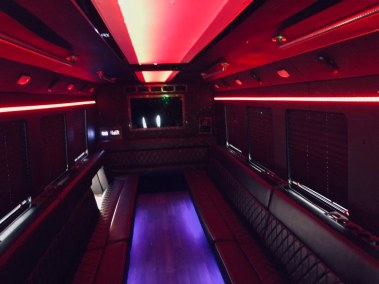117765729 3528471600520502 3974606415077746584 o - 29 Passenger<br>550 Party Bus</br>Limo #62