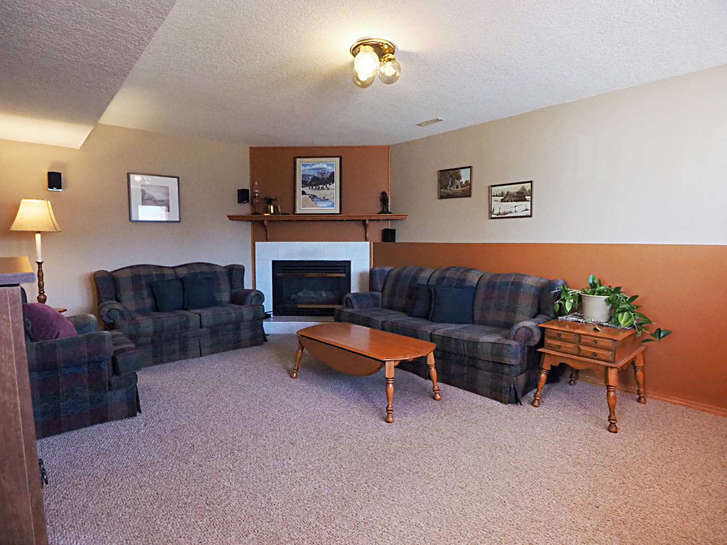 66 Excell Street family room